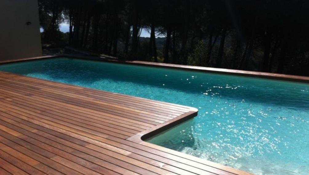 Matenimiento de piscinas barcelona tratamiento del agua for Mantenimiento de la piscina